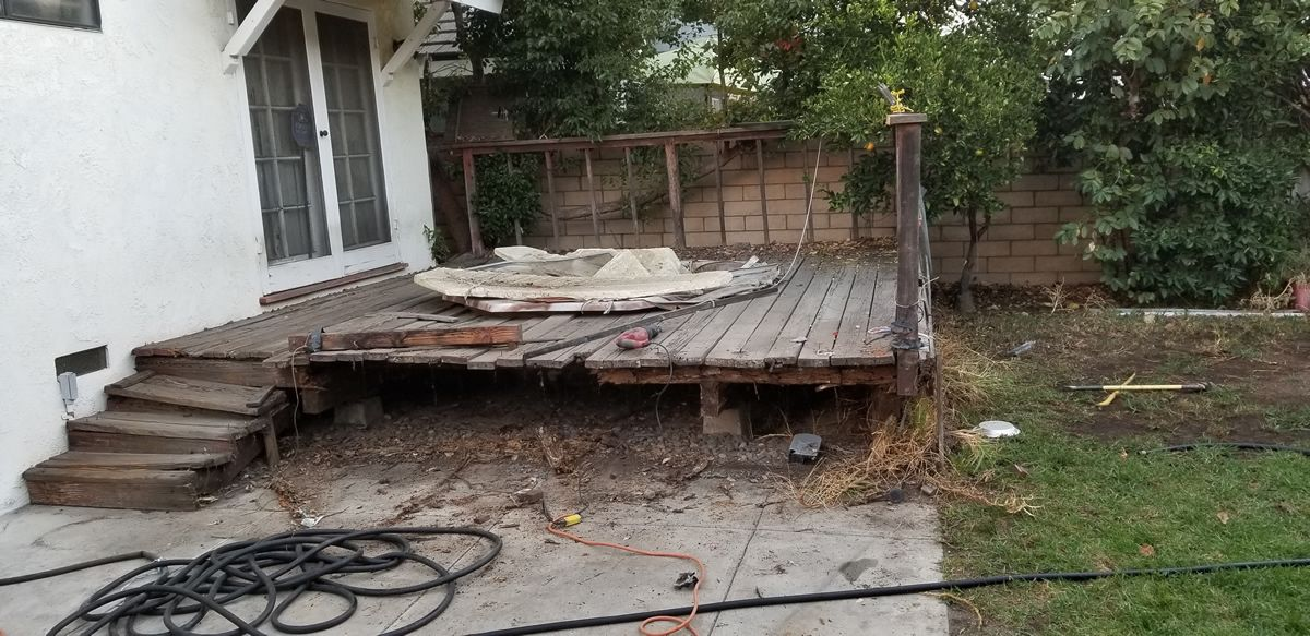 Deck removal in Temecula CA before